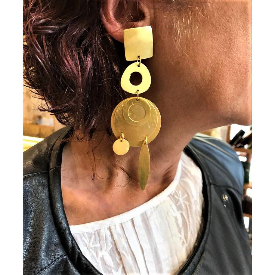 Attracted satin earrings Gold VestoPazzo