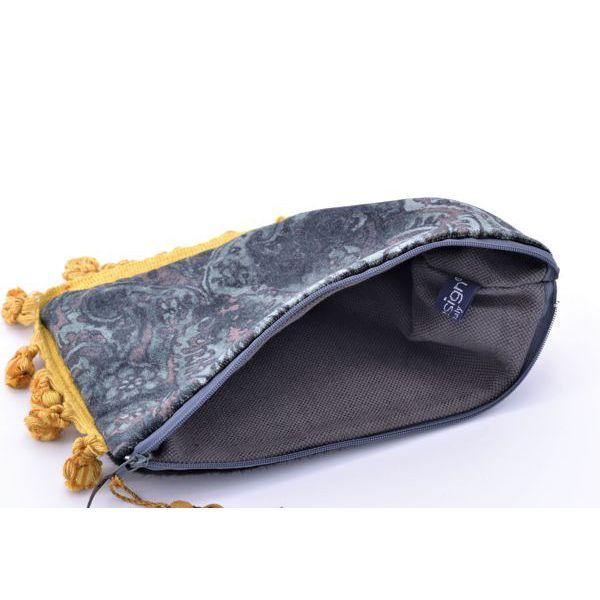 2. Patterned velvet clutch bag Dark green BRASS Workshop