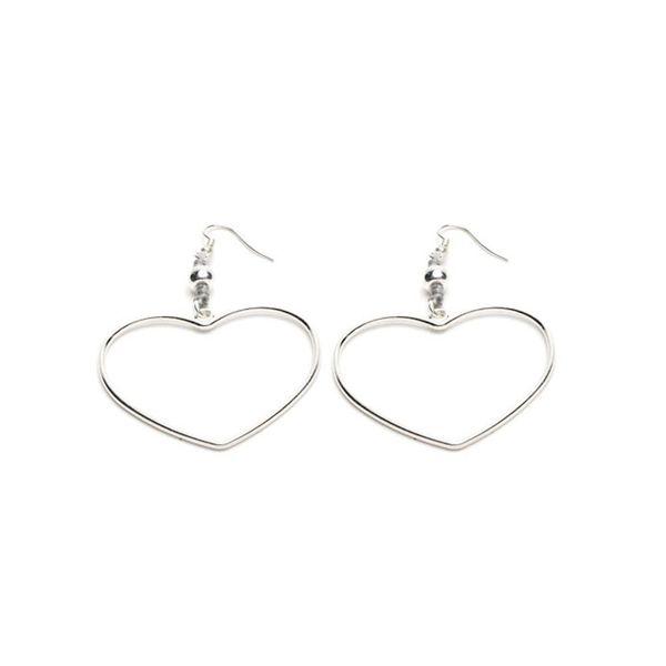 1. Macrame heart earrings Grey VestoPazzo
