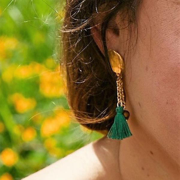 4. Earth, Asymmetrical earrings Tambourine Green Tataratà Bijoux