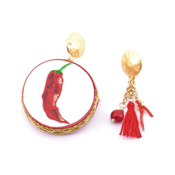 2. Pepper, Asymmetrical earrings Tambourine Red Tataratà Bijoux